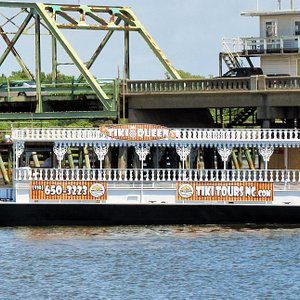Our newest addition to the fleet - the TIKI QUEEN Paddlewheel!