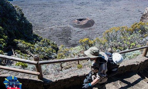 Transportez-vous au plus prés des sentiers avec Go To Réunion - Le Volcan