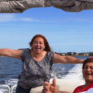 Diversión familiar en bote en NJ