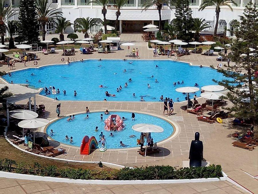 tunéziai nő meetings