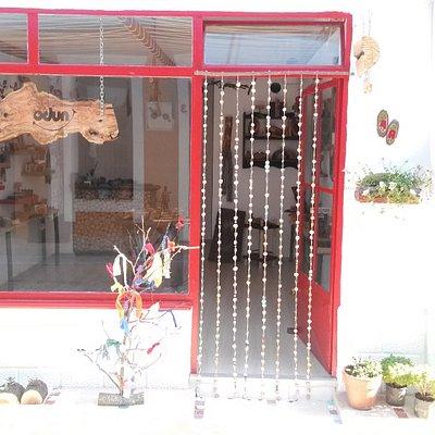 Küçük Kırmızı Dükkan