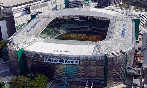 Fachada principal do Allianz Parque.