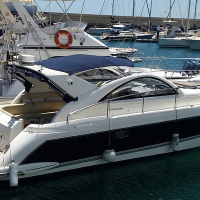Motor Boat Cruises