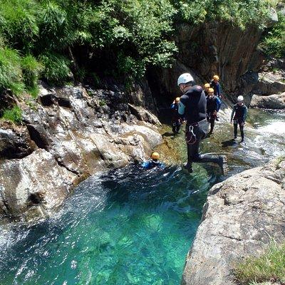 Canyon de l'Artigue avec le Bureau des Guides Ariège Pyrénées