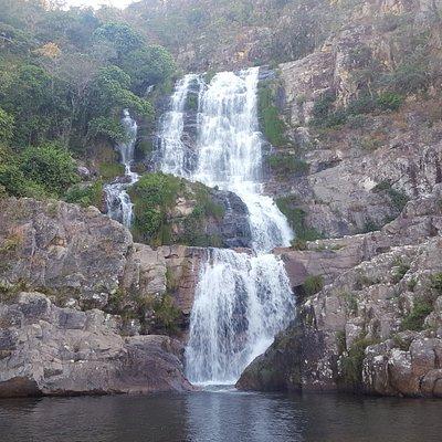 Cachoeira Candaru. Há uma piscina natural abaixo da segunda e também da última quada