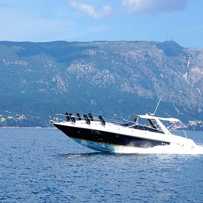 Corfu Paxos Motor Yacht