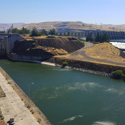 The Dalles locks