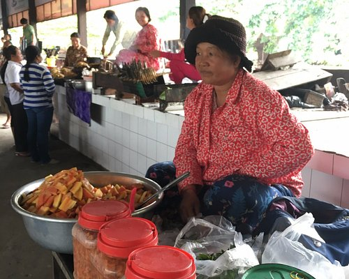 Marketplace with variety of food (Fermented fruits)