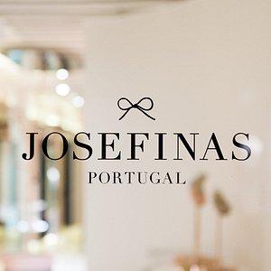 The Josefinas store entry