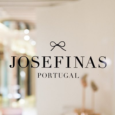 The Josefinas store entry