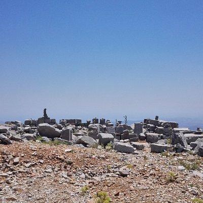 Temple Attaviros Zeus