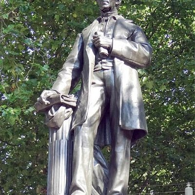 Thorbecke Statue