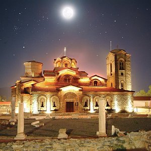 St Klement and Plaoshnik, Ohrid by night – sightseeing tour