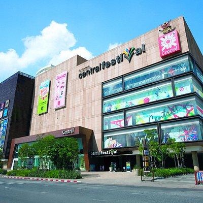 Pattaya Sai Nueang, adjacent to Pattaya city's main roads both at front and rear