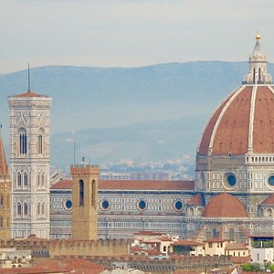 Florence's iconic cathedral Santa Maria del Fiore (the Duomo of Florence)