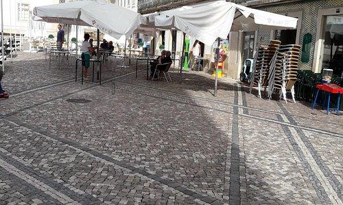 מסעדות בכיכר העיר