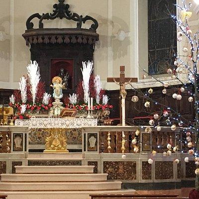 Altare maggiore della chiesa madre