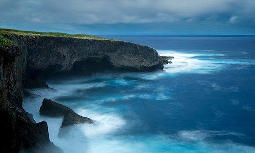 Banzai Cliff, Saipan. Photo by Junji Takasago
