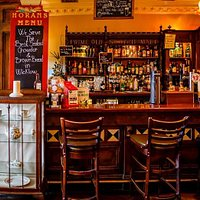 Our traditional Bar serving locally sourced foods and premium drinks