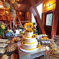Wedding in Winemaker's Barn