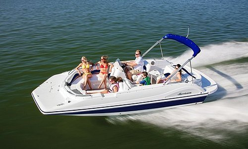 Private cruises on a Hurricane 188 Deck Boat