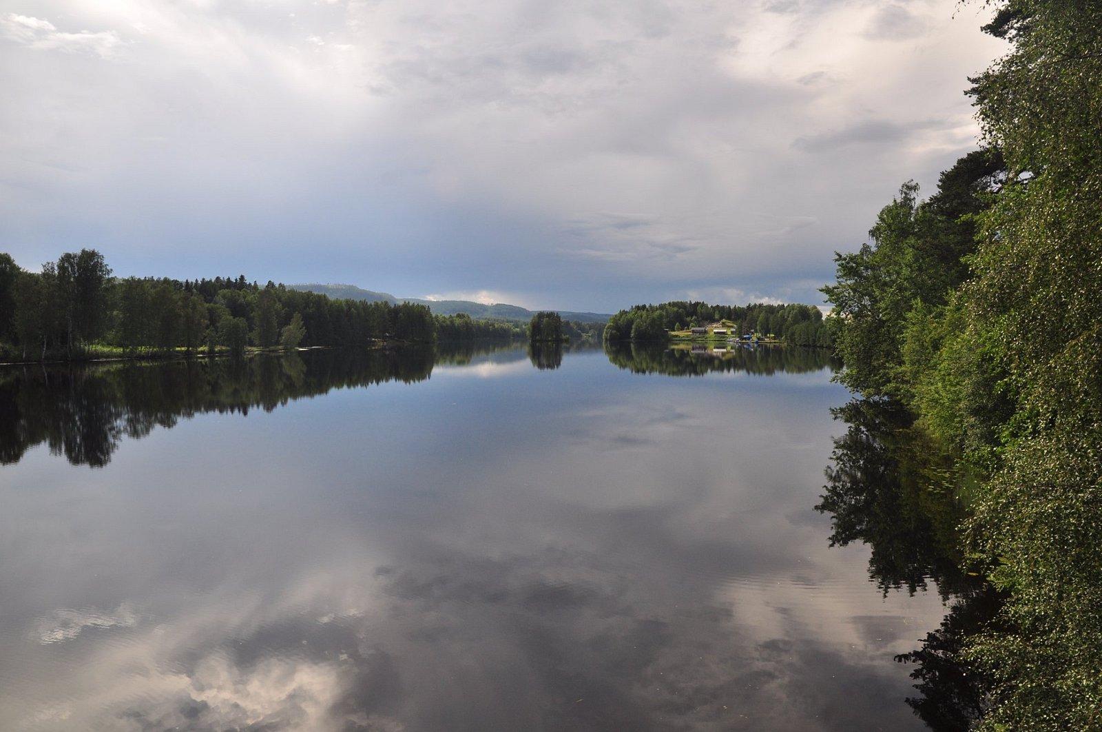 Långhuset i Viskan en magisk miljö, vemod, åldrande och tidsresande.