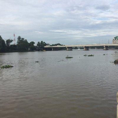 Bang Pakong River