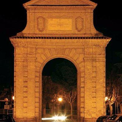 L'arco di notte