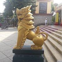 Long Khanh Pagoda