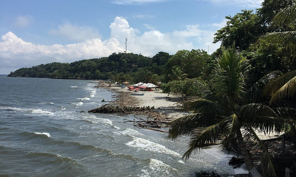 The laid back beach town of Necocli, Colombia. A must see when visiting Medellin.   Pics by arsi