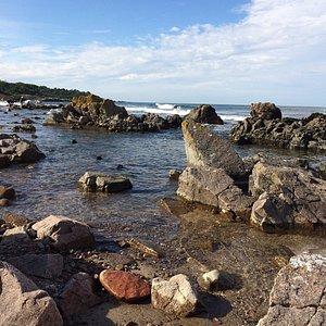 havet nedanför hotellet
