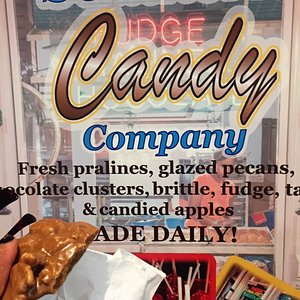 Southern Candy Co has delecious fresh made fudge and more.