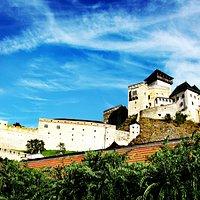 特伦钦城堡