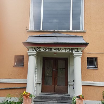 A fabulous place to discover enlightenment. Very close to Zurich central train station.
