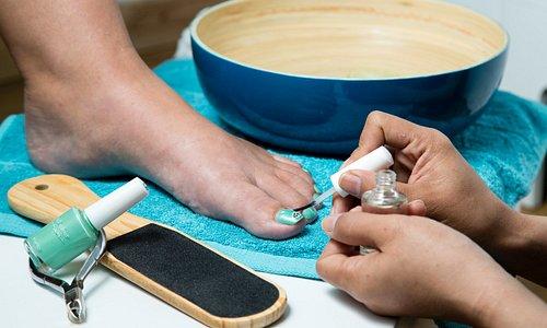 Hands & Feet Spa