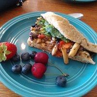 veggie wrap (half portion!)