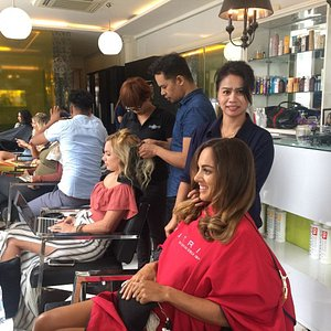 TSL The Shampoo Lounge