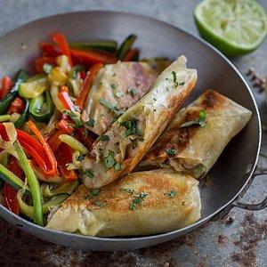 Cuisine du monde : briouate de poulet et légumes