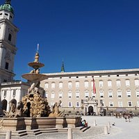 Il bel palazzo che ospita la pinacoteca
