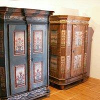 Malované skříně tvrz Žumberk