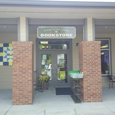 Front enterance to Friends of the Library Bookstore