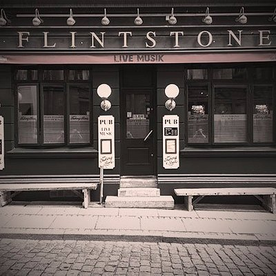 Facade på flintstones pub