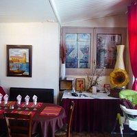 Restaurant La Vie en Rose. Interior