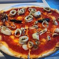 Come ogni domenica Impeccabili e puntuali  Servizio eccellente  Pizzaiolo bello come il sole ( i