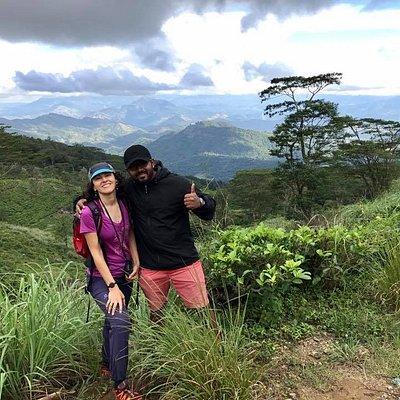 Knuckles Trekking with Oana