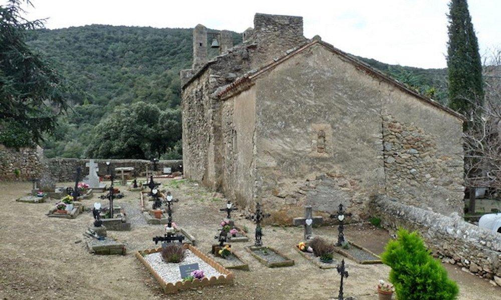 Église Saint-Michel de Riunoguès, Maureillas-Las-Illas (Pyrénées-Orientales, Occitanie), France.