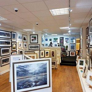 Arti Farti Art Gallery, interior