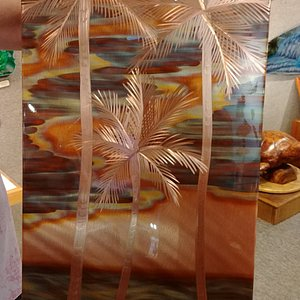 3 Palms Copper art by Genevieve Golan, Pepe Copper Creations - under bright lighting