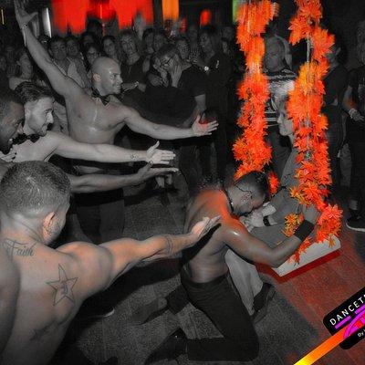 DANCETERIA ZEN  Criamos só para sí a MELHOR Danceteria / Discoteca e SALA de ESPECTÁCULOS de SE