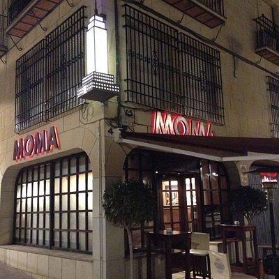 FACHADA DE MOMA